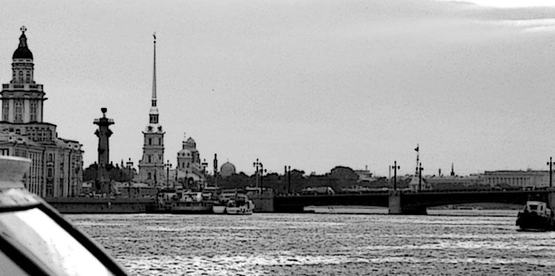 Река Нева, Стрелка и Петропавловка