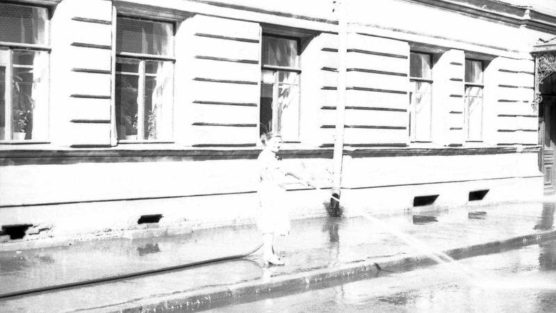 Ленинград, утро, ул Войнова